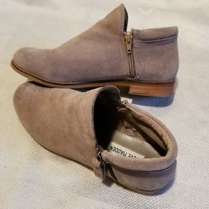 Steve Madden suede ankle boots!